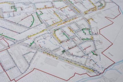 Kanalnetz-Lageplan mit Überstau-Klassen